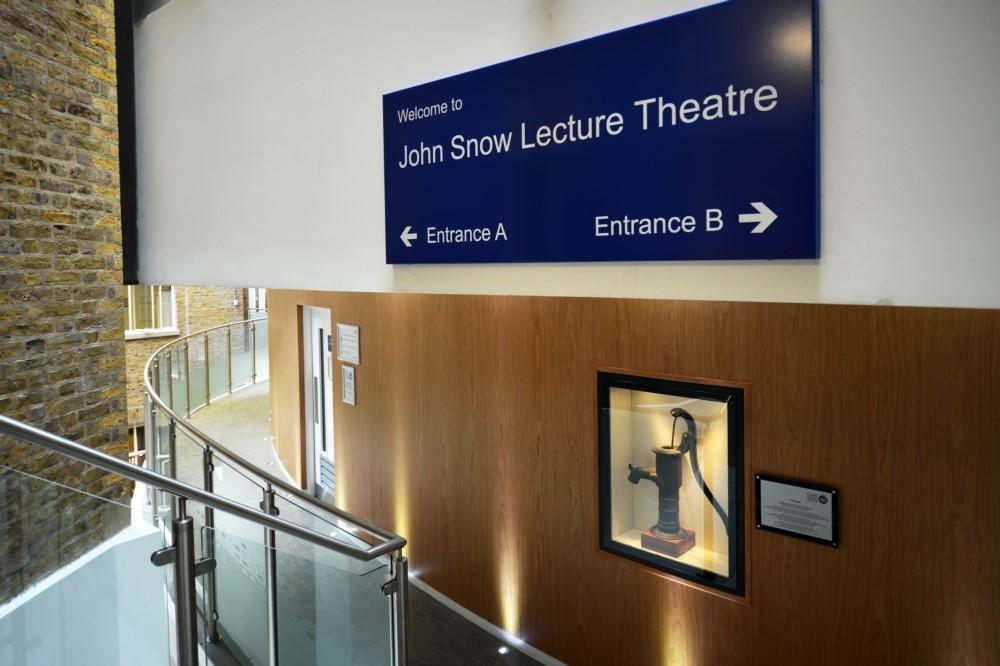 js lecture theatre